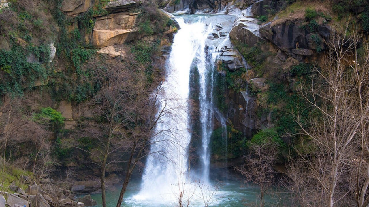 Shingrai waterfall swat