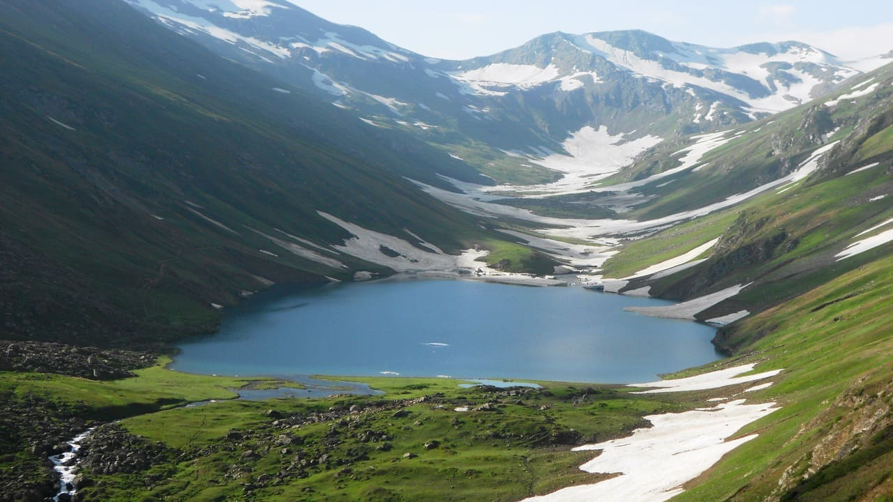 The Black and Blue Saral Lake